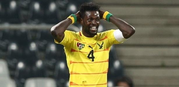 Togolês revelou que parentes só o procuram para pedir dinheiro - Themba Hadebe/AP Photo
