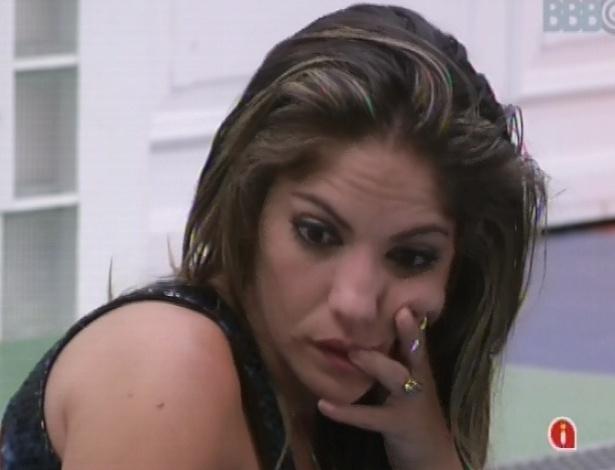 Anamara comenta eliminação com Kamilla e Fernanda