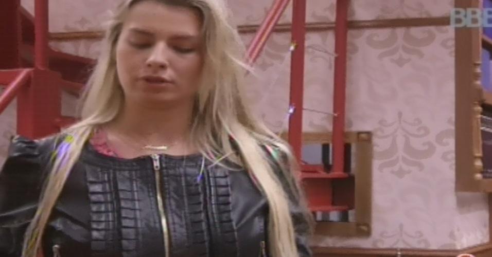31.jan.2013 - Fernanda diz que estava disposta a ajudar Natália em briga com Yuri