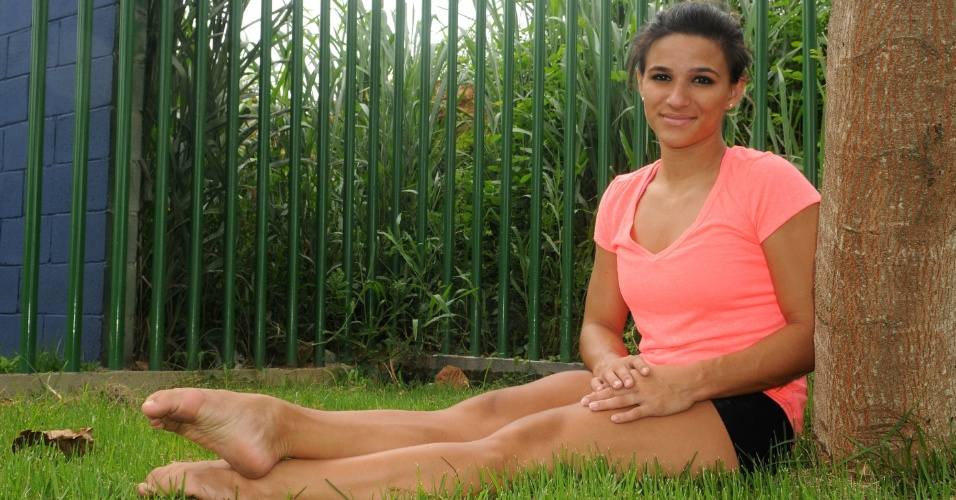 Jade Barbosa posa para o UOL Esporte após treino realizado no velódromo da Barra, no Rio de Janeiro
