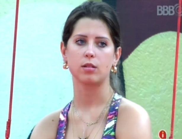 01.fev.2013 - Andressa é uma das mais animadas na prova de resistência pela liderança