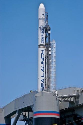 1.fev.2013 - O foguete russo-ucraniano Zenit-3SL caiu nesta sexta-feira (1º) no Oceano Pacífico após ser lançado da plataforma flutuante do consórcio internacional Sea Launch. O foguete levava a bordo o satélite norte-americano de telecomunicações Intelsat-27