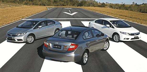 Honda Civic 2014, com destaque para a versão EXR, topo de gama; problema do modelo é o preço - Divulgação
