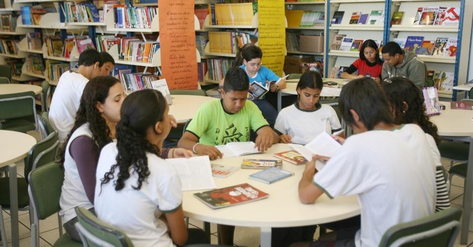 Sala de leitura em escola de Ribeirão Preto