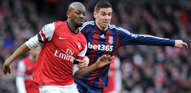 Diaby defendeu o Arsenal entre 2006 e 2015, mas com poucos jogos no período