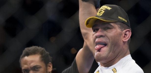 Antônio Pezão encarará Cain Velásquez pelo cinturão dos pesos-pesados no UFC 160