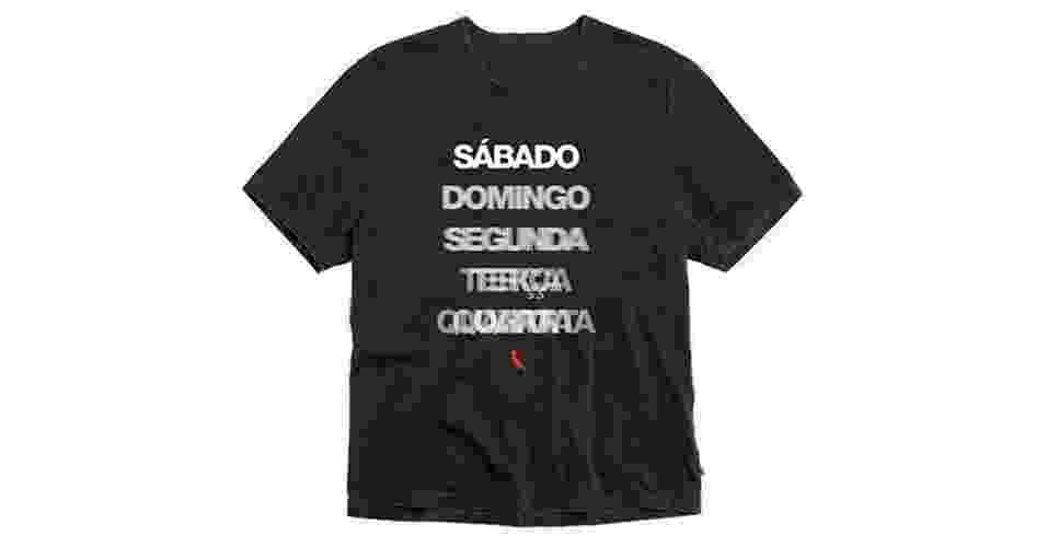 Camiseta brinca com o estado do folião durante o Carnaval; a partir de R$ 119, na Reserva (Tel.: 21 2169-2030).  Preço pesquisado em janeiro de 2013 e sujeito a alteração - Divulgação