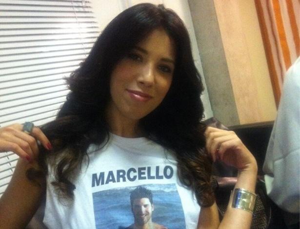 05.fev.2013 - Adriana Soares, irmã de Marcello, viajou de Londres para o Rio de Janeiro para acompanhar o paredão e postou uma foto direto do Projac.