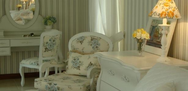 Uma das alternativas é revestir móveis, paredes, estofados e roupas de cama e mesa brincando com as estampas dos tecidos - Divulgação