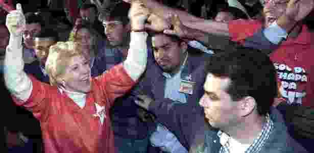 Marta Suplicy comemora eleição em 2000 - Mauricio Lima/AFP - Mauricio Lima/AFP