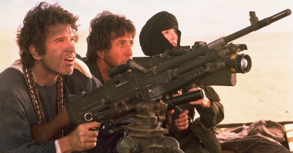 """""""Ishtar"""" (1987), de Elaine May: O público não gostou nada da reunião de Dustin Hoffman e Warren Beatty nas telas. O filme virou sinônimo de fracasso de bilheteria. Custou US$ 55 milhões e rendeu somente US$ 14 milhões. Nunca foi lançado em DVD nos EUA"""