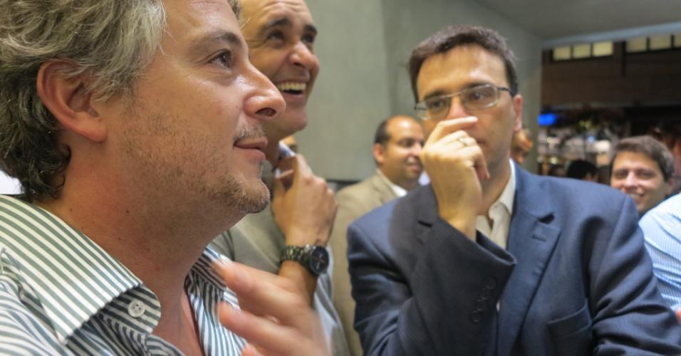 Paulo Nobre, Marcos e Mauro Beting estiveram na inauguração da rede de lojas