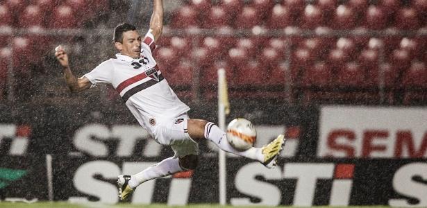Zagueiro Lúcio ressaltou que não tinha intenção de botar pressão no técnico Ney Franco