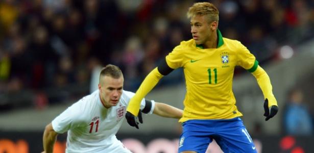 Neymar foi titular do Brasil contra a Inglaterra