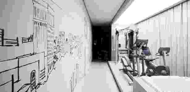 Na proposta do escritório Rocco Vidal + PW, uma caixa de madeira cimentada abriga o spa/academia - Daniel Ducci/ Divulgação