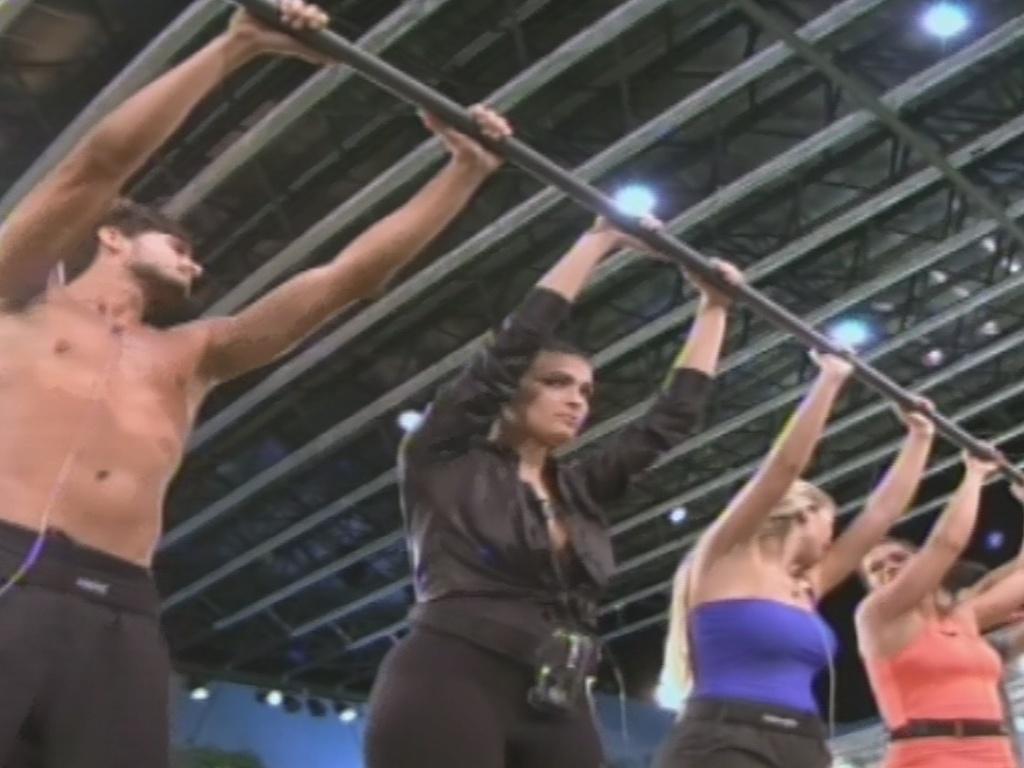 7.fev.2013 - André, Kamilla e Fernanda permanecem na quinta prova do líder do