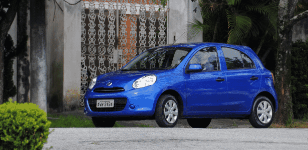 Nissan March 1.0 não é referência do segmento, mas não deve quase nada aos seus principais rivais - Murilo Góes/UOL