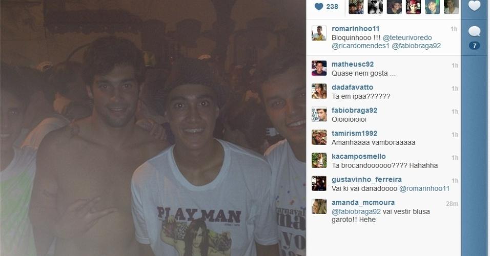 Romarinho, filho de Romário, ao lado de Fabio Braga, filho do técnico Abel Braga, aproveita o Carnaval