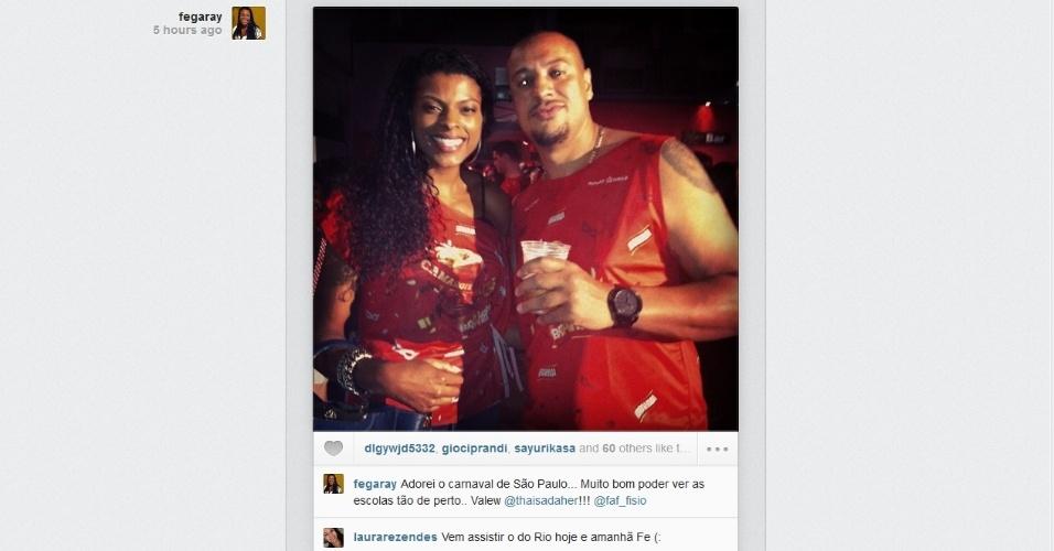 Jogadora de vôlei Fernanda Garay esteve presente no carnaval de São Paulo e disse ter adorado: