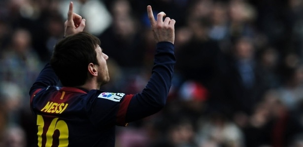 Messi celebra gol, o segundo do Barcelona no duelo contra o Getafe, pelo Espanhol