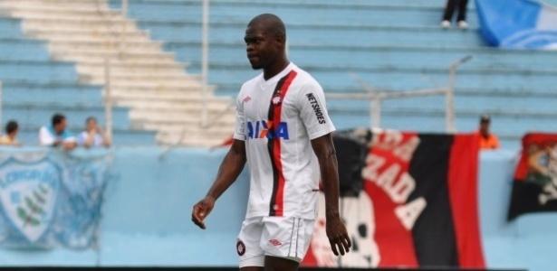 Diego Ivo estreou pelo Atlético-PR em derrota para o Londrina (10/02/13)
