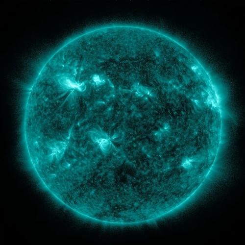 Explosão solar é captada pelo SDO em 7 de março de 2012. A tempestade atingiu a Terra