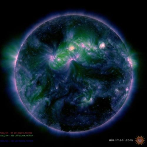 Observatório Solar Dinâmico (SDO) capta erupção no Sol em 9 de fevereiro de 2013. A uma velocidade de 805 km/s, o Sol expeliu massa em direção à Terra.