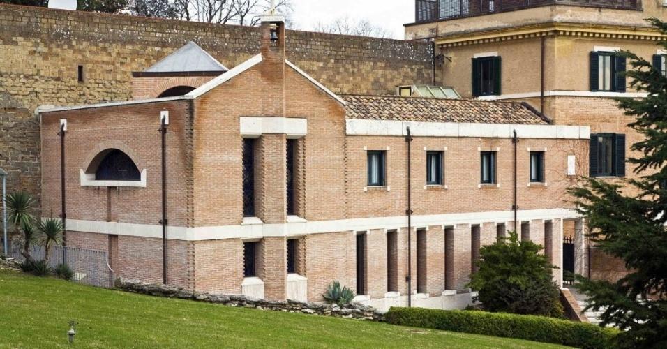 12.fev.2013 - Foto tirada em janeiro de 2011 mostra o mosteiro, localizado no Vaticano, para onde irá Bento 16 a partir de março deste ano. O papa anunciou na segunda-feira (11) que renunciará ao cargo no próximo dia 28
