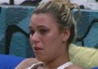 Marien chora e diz que não quer deixar o reality show - Reprodução/Globo