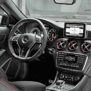 Mercedes-Benz A 45 AMG - Divulgação