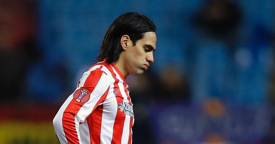 14.fev.2013 - Artilheiro do Atlético de Madri, Falcao Garcia passou em branco e viu seu time perder por 2 a 0 para o Rubin Kazan