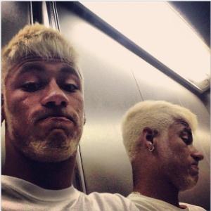 Seleção  Neymar apresenta novo penteado antes da estreia do Brasil ... 36f3f63929788