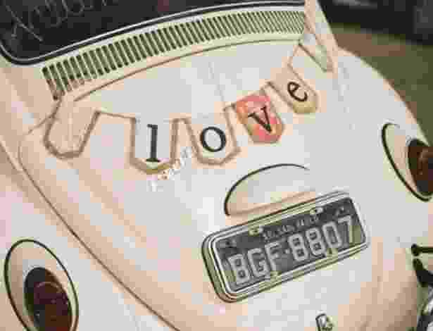 Que tal optar por um carro antigo em um casamento vintage? - Gustavo Gaiote/Divulgação