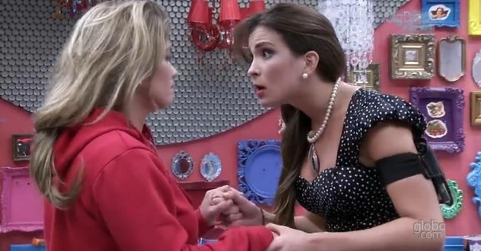 """18.fev.2013 - """"Isso serviu pra você acordar, tá bom?"""", diz Kamilla para Fani sobre voto de Nasser"""