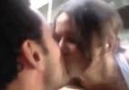 Morena que beijou Fred lida com propostas de ensaio nu a comercial de creme dental