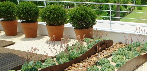 Projeto de jardinagem para sacada assinado pelo paisagista e arquiteto Marcelo Novaes - Divulgação