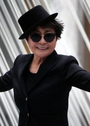 Yoko Ono em exposição em Frankfurt, na Alemanha  - AFP