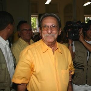 Almir José de Oliveira Gabriel (na foto, em evento durante a campanha eleitoral de 2006) - Janduari Simões/Folhapress - 1.out.2006
