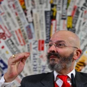 O presidente do partido Fazer para Interromper o Declínio, Oscar Giannino - Gabriel Bouys/AFP