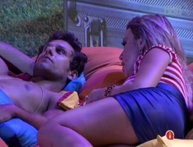 21.fev.2013 - Eliéser critica Nasser para Fernanda