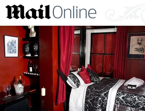 """21.fev.2013 - Foto publicada pelo jornal """"Daily Mail"""" mostra a réplica do Quarto Vermelho de """"50 Tons de Cinza"""" criado por uma britânica  - Reprodução/DailyMail"""