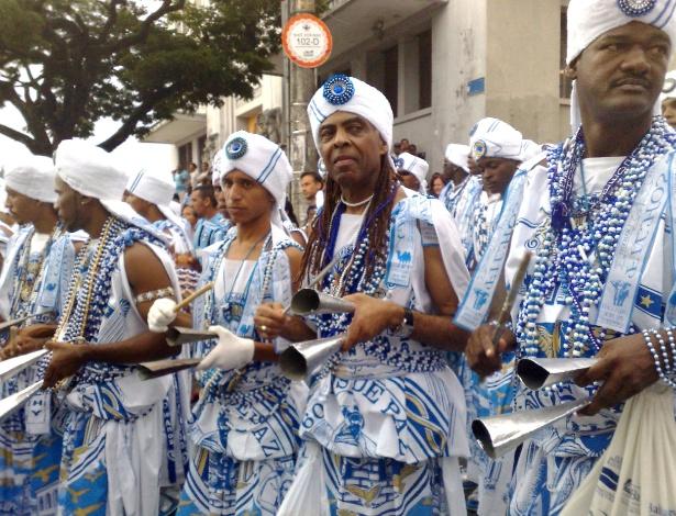 Gilberto Gil, participante do Tropicalismo, desfila no afoxé Filhos de Gandhi