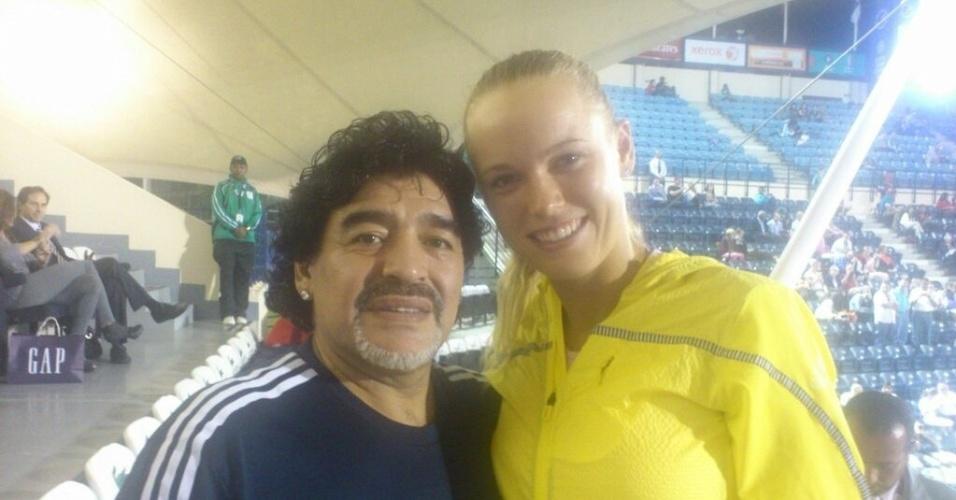 Maradona ao lado de Caroline Wozniacki