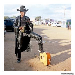 As fotos estão expostas na galeria Rooke, em Johanesburgo, na África do Sul - Frank Marshall/Rooke Gallery