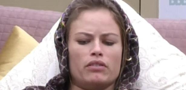 22.fev.2013 - Natália diz a Eliéser que já faz começar a fazer campanha para que ele fique na casa
