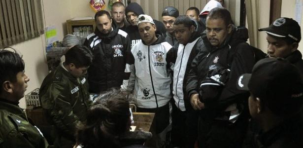 Os torcedores brasileiros presos na Bolívia pela morte do adolescente boliviano