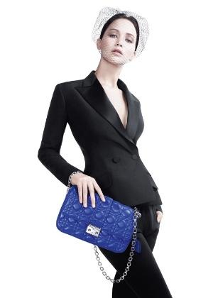 Jennifer Lawrence posa para a nova campanha da bolsa Miss Dior - Divulgação