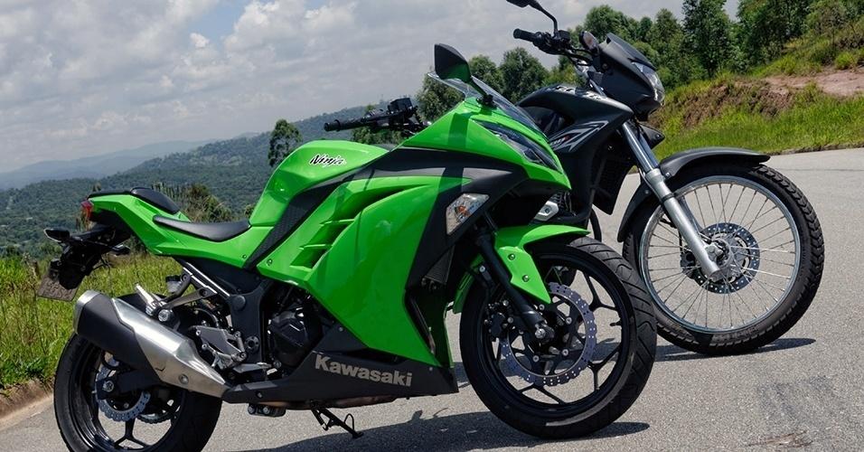 Kawasaki Ninja 300 x Honda Falcon NX400i