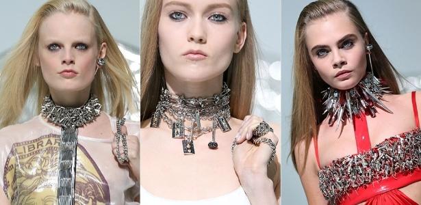 Modelos apresentam looks da Versace para o Inverno 2013 durante a semana de moda de Milão - Getty Images