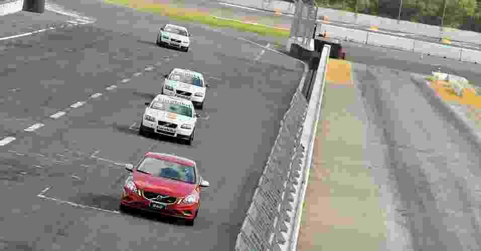 Volvo V60 Racing - Divulgação